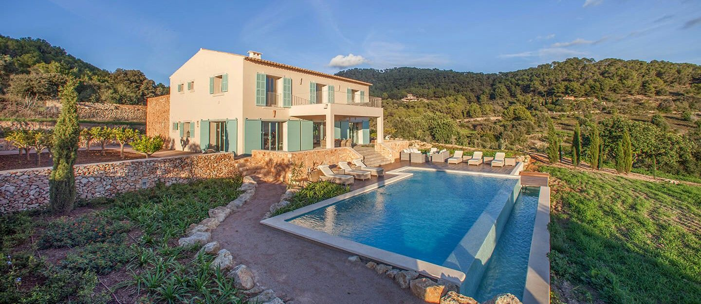 How to bui a house on your own in Majorca