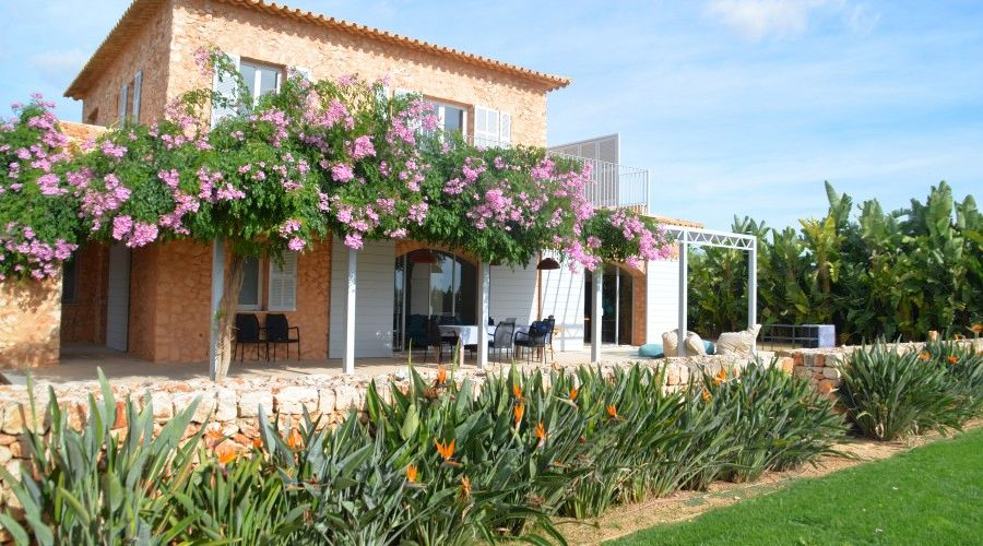 F_0011_villa-majorca-building-02