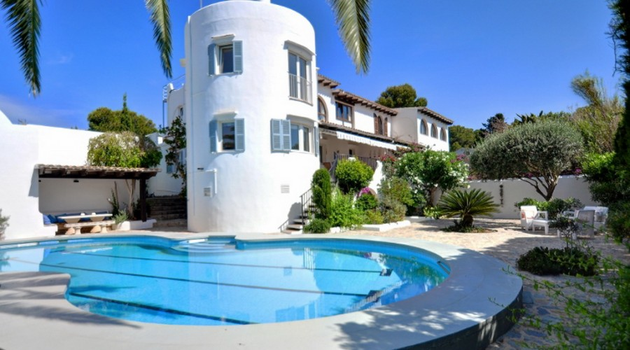 House for sale_Pool_Garden_Portocolom (1)