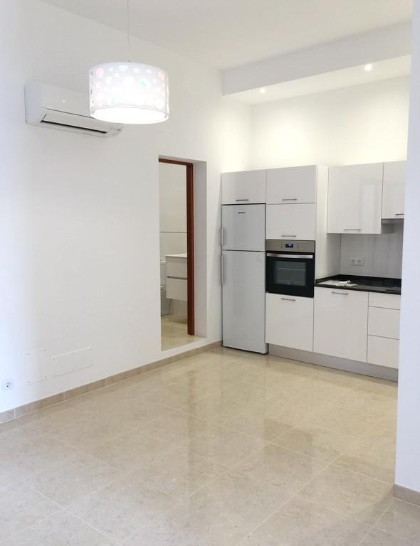 modernes apartment in der altstadt von portocolom behome mallorca. Black Bedroom Furniture Sets. Home Design Ideas