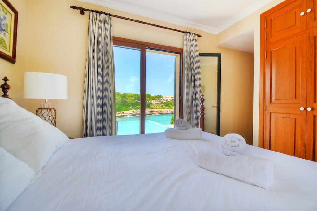 Sea view house for sale Portocolom